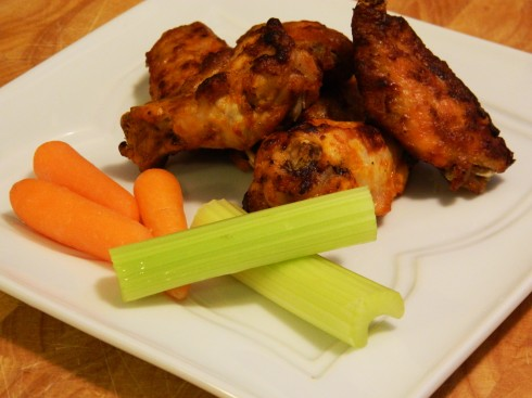 Baked Buffalo Wings | baconavecbacon.com